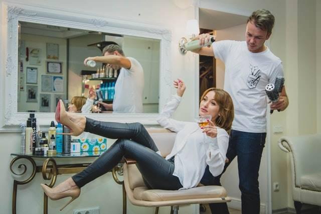 Peluang usaha rumahan - Buka Salon Rambut dan Perawatan Kecantikan