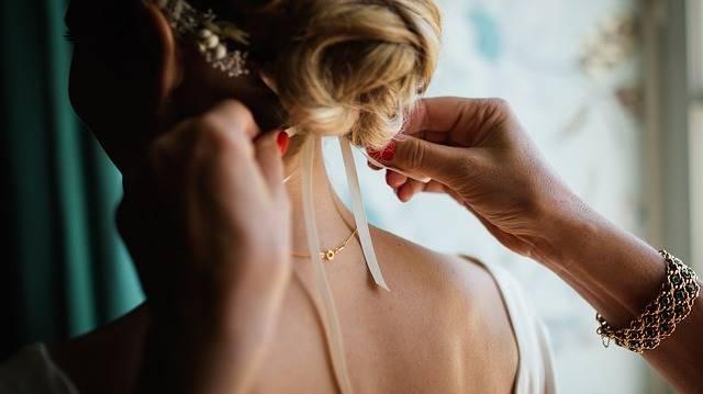 Peluang usaha rumahan - jasa rias pengantin