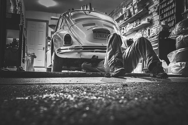 peluang usaha rumahan - bengkel mobil A