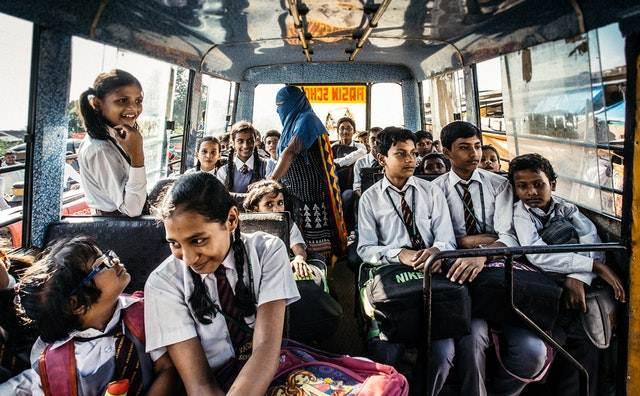 peluang usaha rumahan - jasa antar jemput anak sekolah A